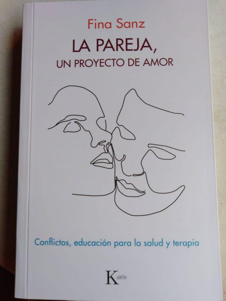 """Portada libro """"La pareja; un proyecto de amor"""" de Fina Sanz"""