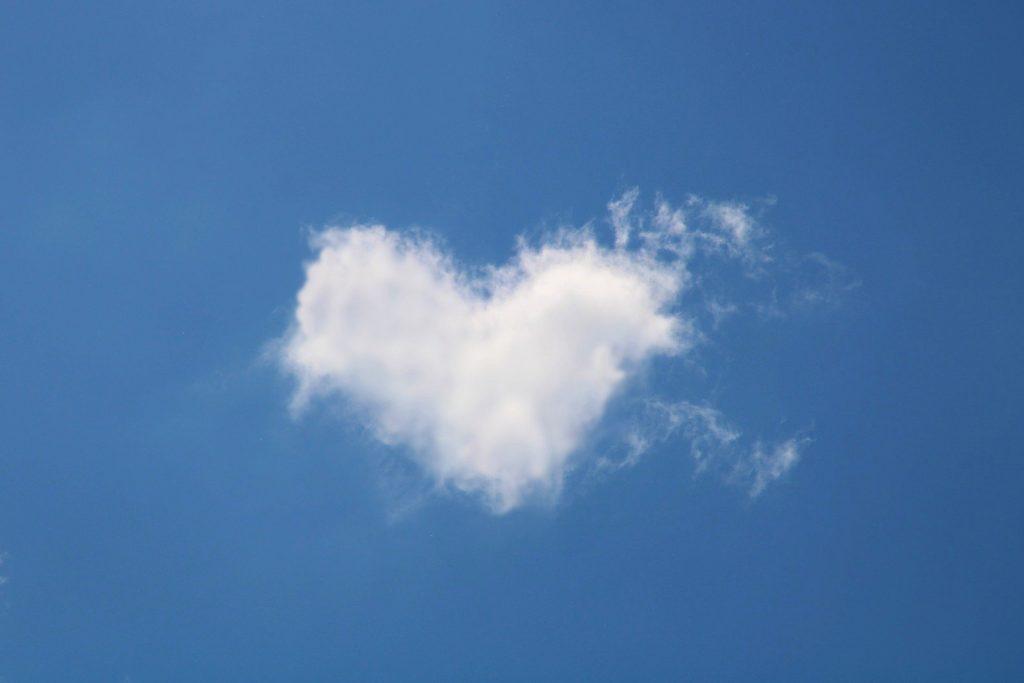 cloud-5055011_1920